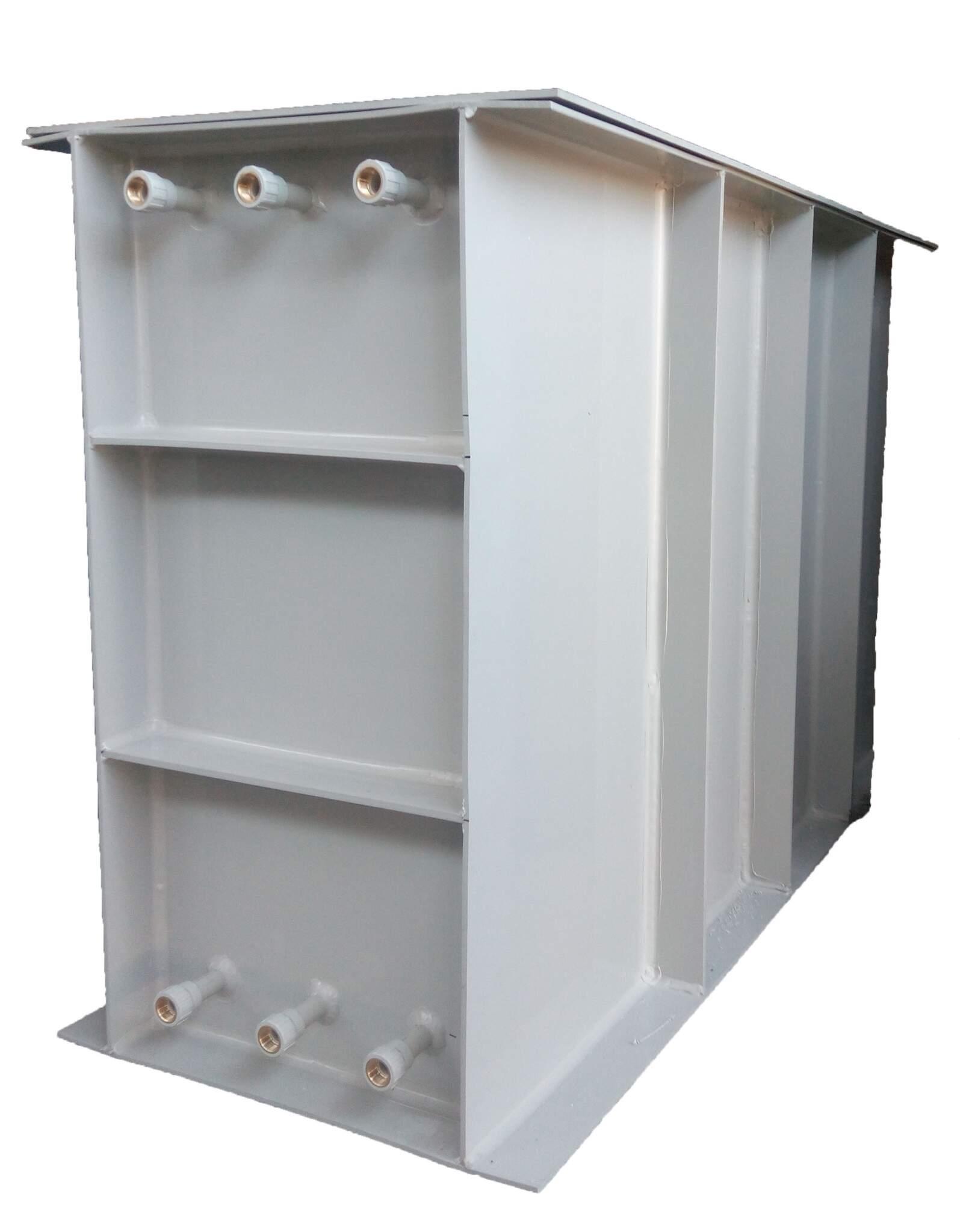 /Produkcja-plastikowych-pojemnik-w-do-przechowywania-wody